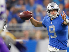 Stafford absorbs big hit, connects with Golladay in stride for 20 yards
