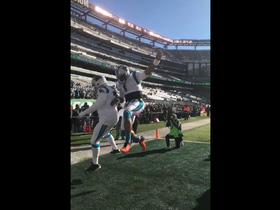 Cam Newton hypes up Panthers before game vs. Jets
