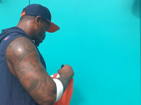 Von Miller signs autographs before Broncos-Dolphins game