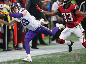 Thielen cannot get out of bounds as half comes to an end