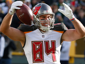 Cameron Brate secures second TD of game from Jameis Winston
