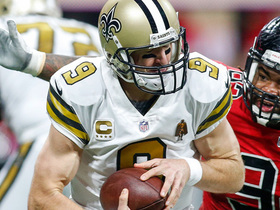 Drew Brees burrows ahead for crucial fourth-down conversion