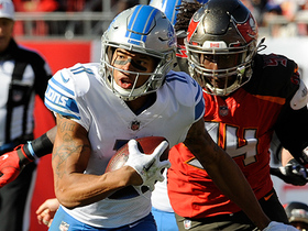 Marvin Jones hauls in 17-yard catch despite pass being tipped