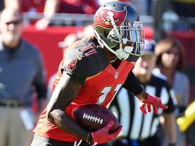 DeSean Jackson shows off speed, sprints for 23-yard gain