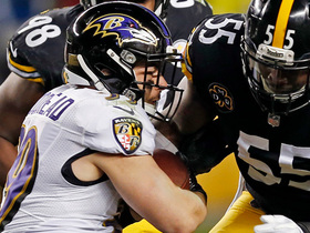 Flacco escapes pressure, lobs to Woodhead, who picks up first down