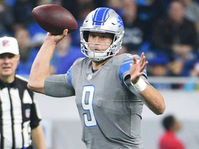 Stafford spins away from pass rush to hit Ebron for first down