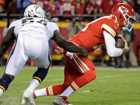 Ingram takes down Smith after Chargers have Chiefs WRs covered