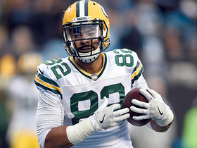 Rodgers pulls Pack to within one score of Panthers with 24-yard floater TD to Richard Rodgers