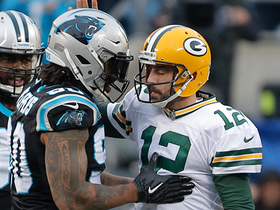 Julius Peppers makes sure Aaron Rodgers is alright after sack