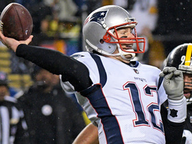 Brady fires to Gronk to convert on fourth down in red zone