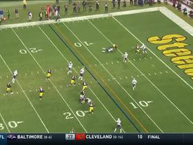 Xavier Grimble escapes defenders for first down catch