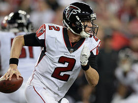 Matt Ryan avoids pressure, slings it to Mohamed Sanu for 21 yards