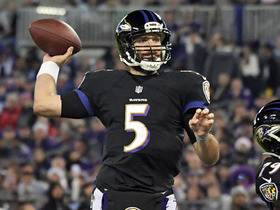 Flacco fires over middle to Wallace for 19 yards