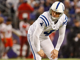 Adam Vinatieri comes up just short on 60-yard field goal attempt