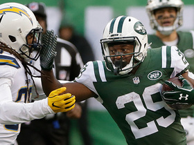 Bilal Powell beats defenders and rushes for 41 yards
