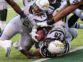 Melvin Gordon spins into the end zone for a 1-yard touchdown