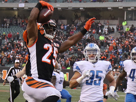 Giovani Bernard puts exclamation point on the victory with 12-yard TD