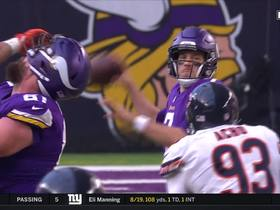 Sam Acho knocks down Keenum pass to force fourth down