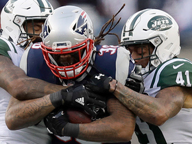 Brandon Bolden drags Jets defenders for 20-yard gain