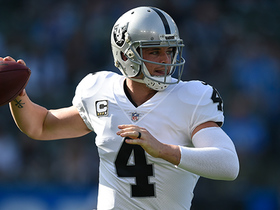 Derek Carr floats pass to Jared Cook for 24 yards