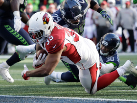 Penny pummels the Seahawks defense for 4-yard TD