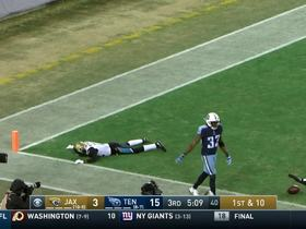 Dede Westbrook mishandles potential touchdown pass