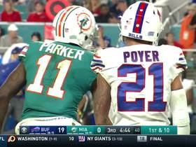 DeVante Parker bolts downfield for a 24-yard gain
