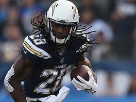 Melvin Gordon pinballs off would-be tacklers for 16 yards