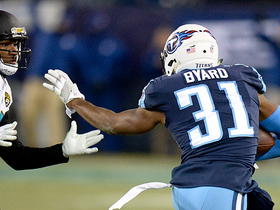 Kevin Byard intercepts back-foot throw from Bortles