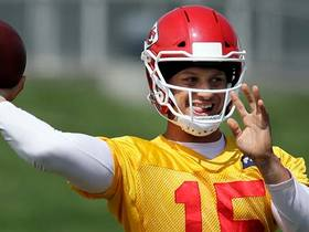 Palmer: Mahomes 'angry with himself' after throwing two INTs at Wednesday's practice