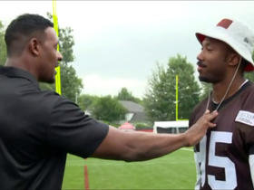 McGinest gives Garrett pass-rushing tips at camp