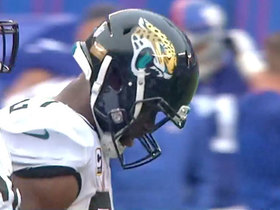 Fournette leaves game with injury after Alec Ogletree tackle