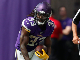Dalvin Cook sheds tackles for 15-yard catch and run