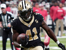 Alvin Kamara waltzes into end zone for smooth TD