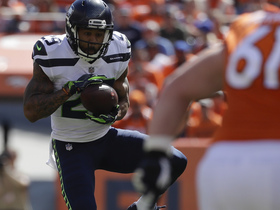 Earl Thomas reads Keenum's eyes for first INT of 2018