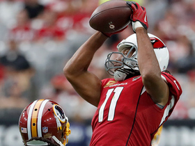 Larry Fitzgerald goes way upstairs for 27-yard catch
