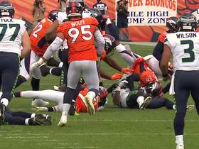Can't-Miss Play: Von steals ball from Carson for fumble recovery