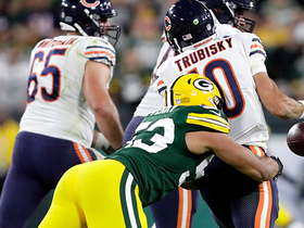 Nick Perry forces pivotal turnover with strip-sack on Trubisky
