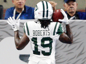 Roberts torches former team for 43-yard punt return