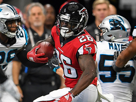 Tevin Coleman breaks loose along the sideline for 27 yards