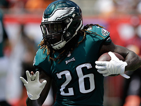 Jay Ajayi starts the half off with a big 20-yard run