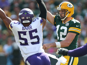 Anthony Barr avoids tackling Rodgers near sideline