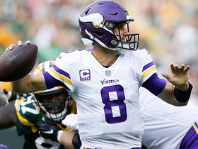 Cousins finds Thielen again for a huge 25-yard completion
