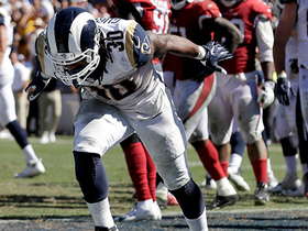 Todd Gurley fights through defensive line for third TD