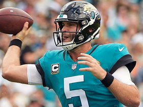 Bortles is on target for 22 yards to Cole