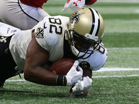 Benjamin Watson makes diving catch for 27-yard gain