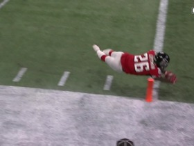 Can't-Miss Play: Coleman slips away from defenders for TD