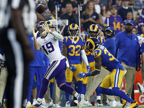Adam Thielen lays out for 8-yard toe tap along sideline