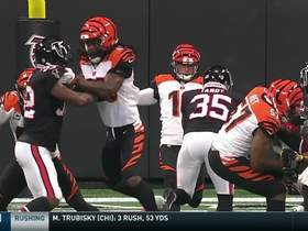Keith Tandy blocks Kevin Huber's punt on Bengals' 8-yard line
