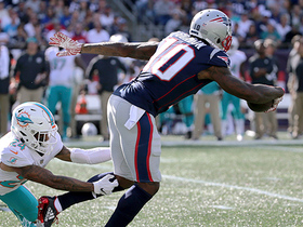 Josh Gordon breaks two tackles on 19-yard catch and run